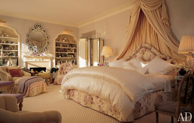 Hydrangea hill cottage romantic bedrooms of mario buatta for S carey living room tour