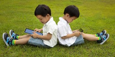 Bahaya Gadget Terhadap Anak