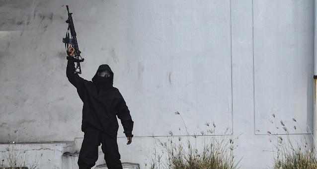 Tindak Pidana Terorisme Merupakan Kejahatan Luar Biasa