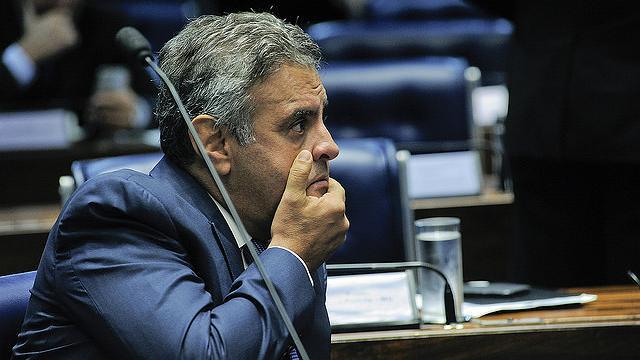 Presidente do Conselho de Ética do Senado arquiva processo contra Aécio
