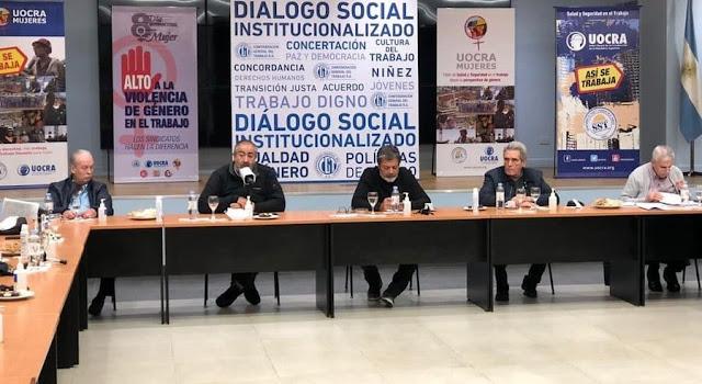 """La CGT y movimientos sociales formalizan mañana un acuerdo """"estratégico productivo"""""""