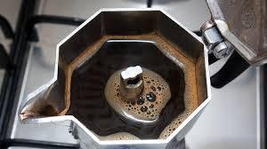 Come preparare un caffè con la moka