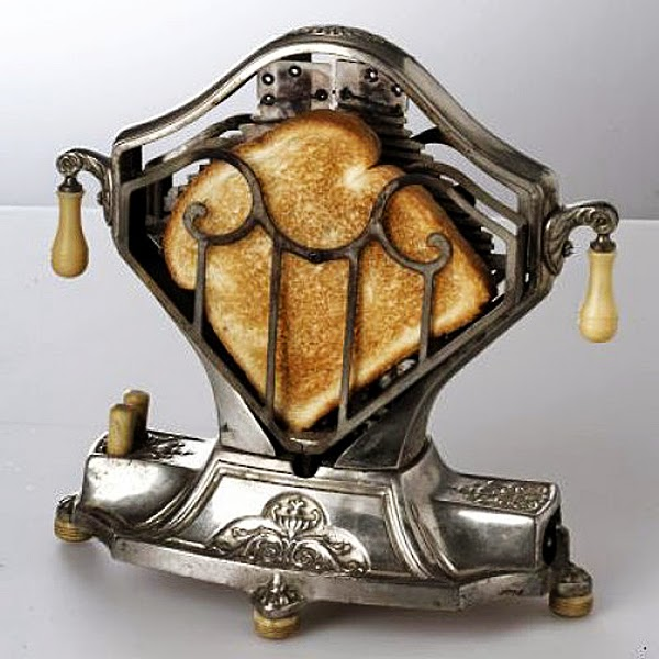 The Sweetheart - a vintage 1920s toaster