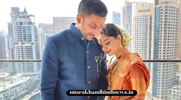 Sonalee kulkarni and her husband Kunal Benodekar after marriage pic