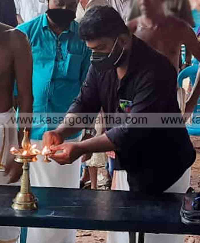 Poorankuli day in Uttara Malabar should be declared a public holiday by the government