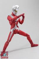 S.H. Figuarts Ultraman Taro 14