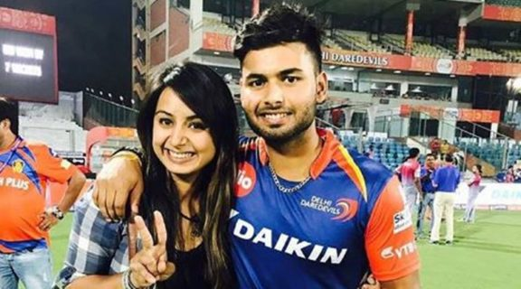 Rishabh Pant Indian Cricketer Height Weight Age Girlfriend Family Biography And More Viral Storys
