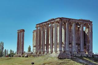 Temple of Zeus -Photo by Yusuf Dündar on Unsplash