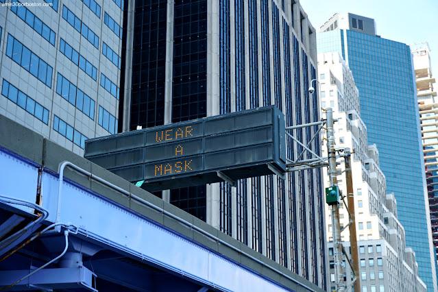 Letreros Pidiendo el Uso de la Mascarilla en Nueva York
