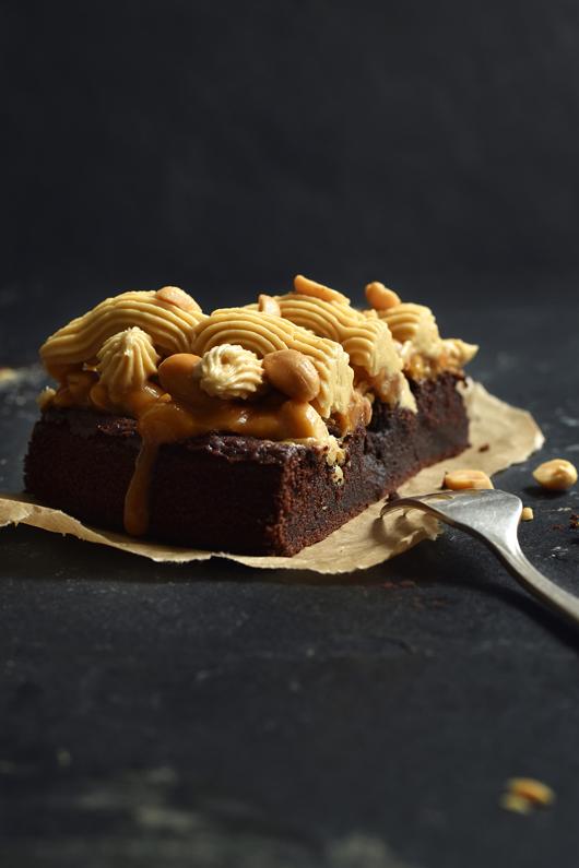 Einfacher Erdnussbutter-Karamell-Kuchen