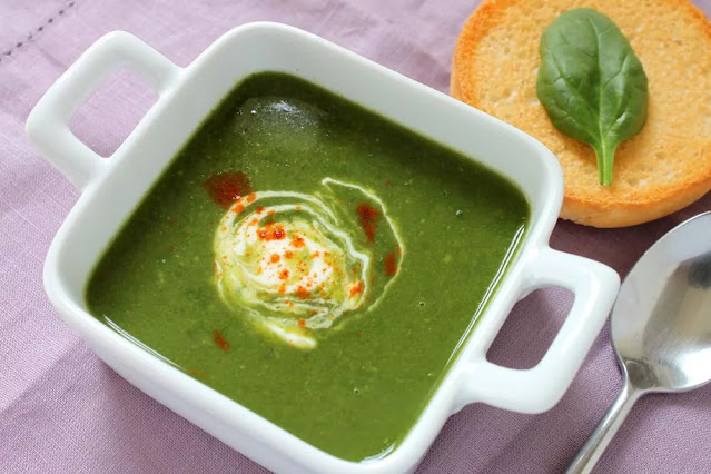 Palak Soup Recipe in Hindi