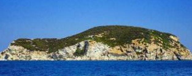 Zανόνε: Το απαγορευμένο ιταλικό «νησί των οργίων» [εικόνες]
