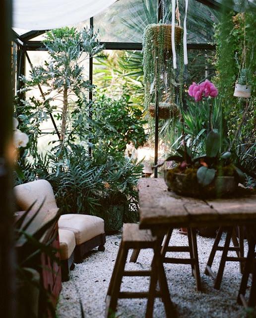 Moon to Moon: Green House: Garden Room Dreaming....