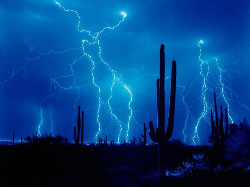 Kayla Delgado: lightning wallpaper hd