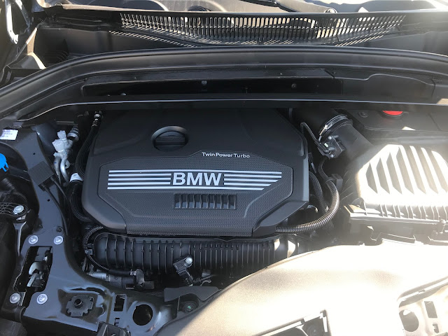 Engine in 2020 BMW X1 xDrive28i