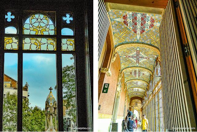 Detalhe do jardim do Hospital Sant Pau e uma galeria no Pavilhão da Administração