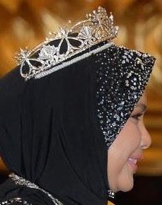 diamond tiara terengganu malaysia queen sultanah nur zahirah pearl