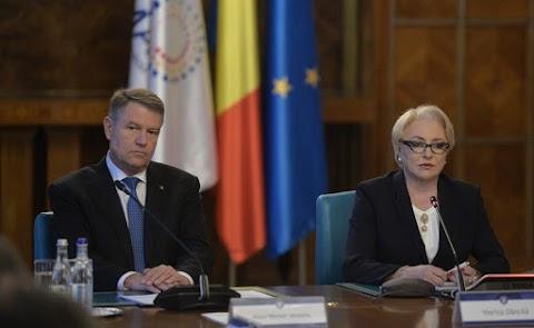 A román elnök felszólította a kormányfőt, konzultáljon vele, mielőtt újabb európai biztosjelöltet javasol