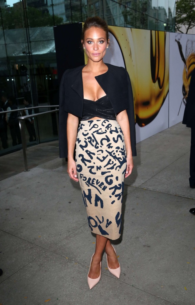 Hannah Davis shows off cleavage at the 2015 Fragrance Foundation Awards in NYC