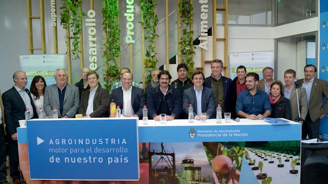 Agroindustria promueve la capacitación para mejorar la inserción laboral de los jóvenes