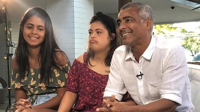 """Romário fala sobre a filha Ivy: """"é tratada como se não tivesse deficiência"""""""