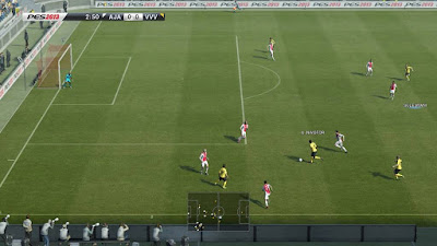 Playing Pes 2013 for Android