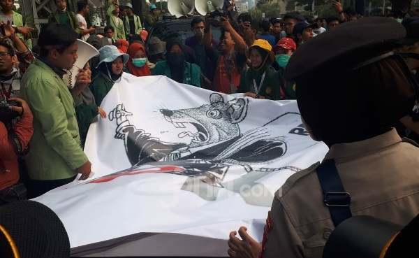 Ini Alasan BEM SI Tidak Puas dengan Jokowi
