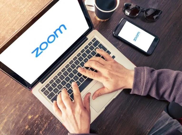 كيفية إلغاء تثبيت Zoom على جهاز كمبيوتر يعمل بنظام Windows