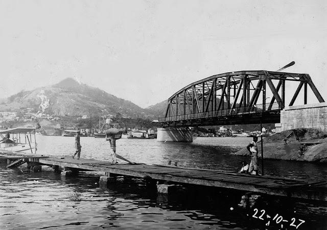 Construção da Ponte Florentino Avidos (Cinco Pontes), Vitória, ES, 22/10/1927. Acervo Codesa.