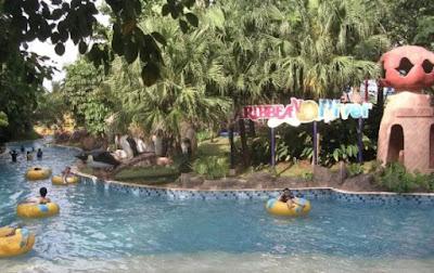 Kolam Arus Ocean Park Water Adventure