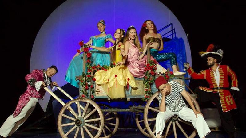 Η παιδική θεατρική παράσταση «Πειρατές και Πριγκίπισσες» στο Δημοτικό Κηποθέατρο Αλεξανδρούπολης