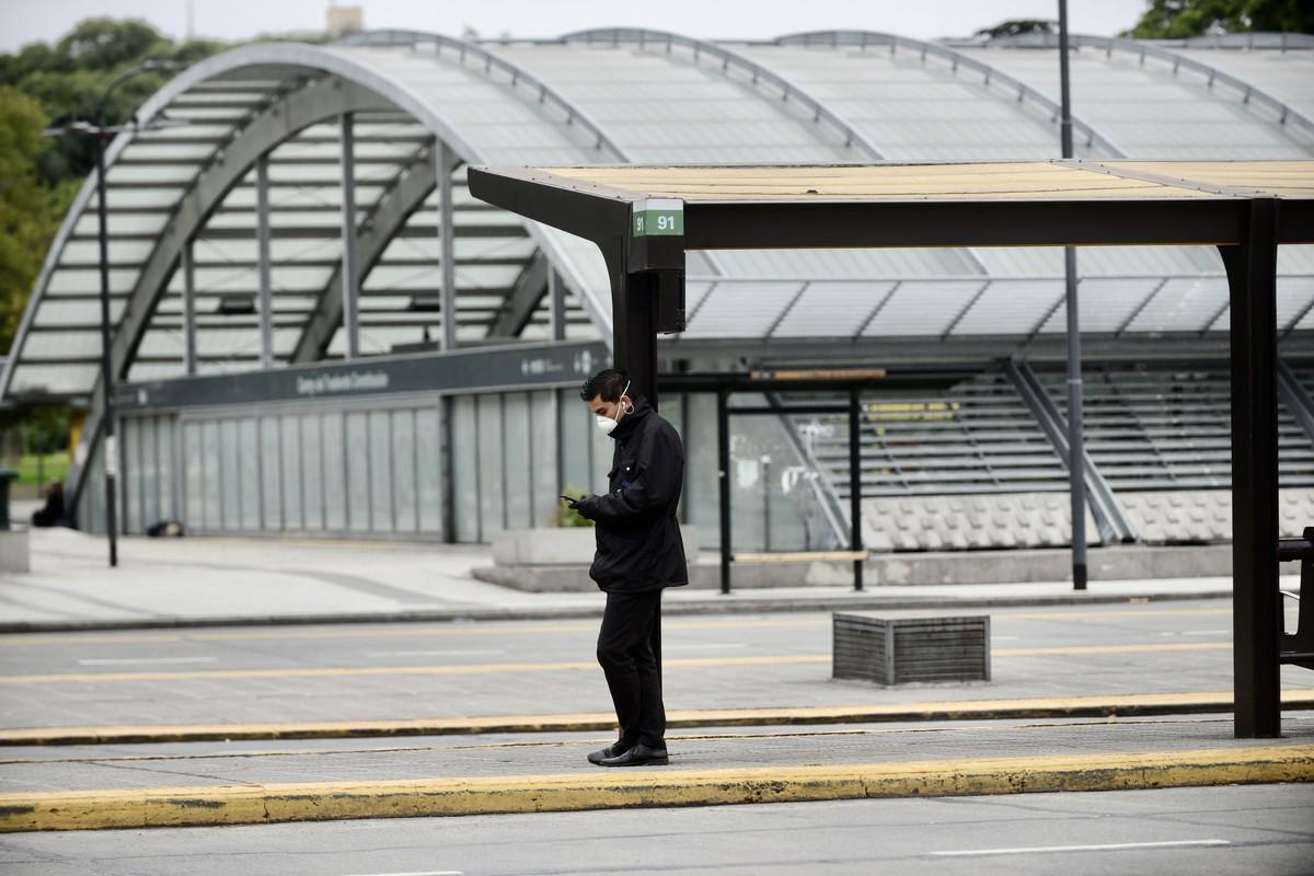 A partir de mañana se harán testeos a asintomáticos en estaciones de trenes y subtes