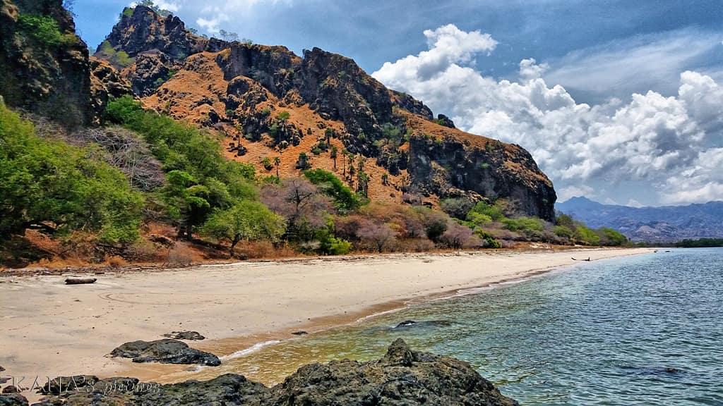 Pantai Tanjung Bastian, Pantai Mempesona di Sisi Utara Pulau Timor