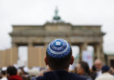 La universidad alemán se enfrentó a una fuerte crítica del Ministerio de Asuntos Exteriores de Israel por enseñar a los estudiantes que el estado judío es un gobierno del apartheid que extrae órganos palestinos y comete atrocidades genocidas.