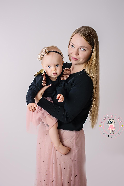 Córeczka i mama