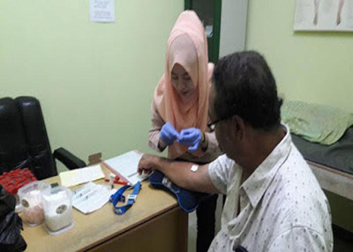 Cek Gula Darah Klinik RUby Medika