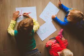 Faktor yang Mempengaruhi Perkembangan Bahasa Anak