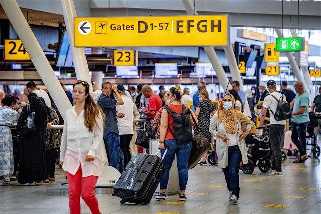 الخارجية الهولندية تنصح بعدم السفر لتسع مناطق جديدة بسبب تفشي فيروس كورونا