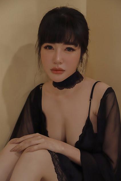Elly Trần mệt mỏi nằm trên giường bệnh: 'Tôi hết cầm cự nổi rồi'