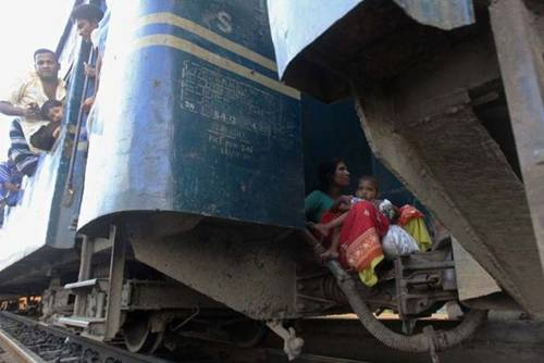 Funny Indian Train Travel Indian Railways Funny Picture