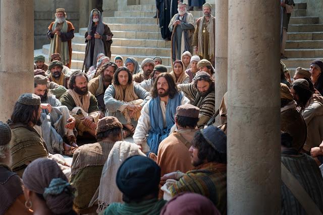 Jesús-ensenando