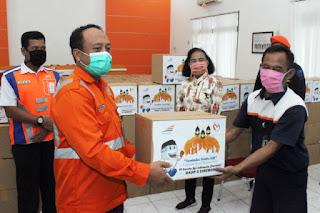 KAI Salurkan Bantuan Sembako Gratis Bulan Ramadhan