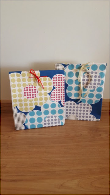 Upcycled: gift bags made from vintage wallpaper (with tutorial)