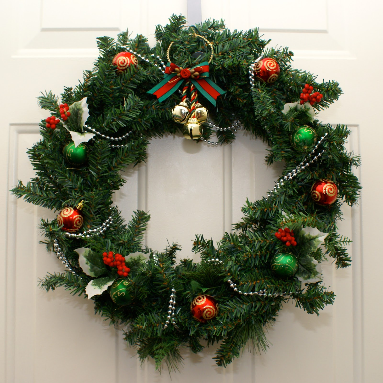 Canadian Tire Christmas Decorations The Cozy Condo 5 Garland 43 Lampshade Leftovers Wreath