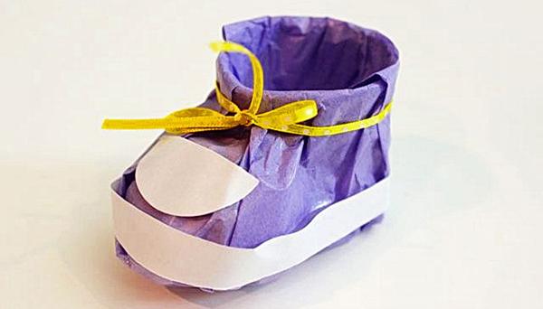"""для детей, конфеты, Новый год, Хэллоуин, конфеты на Хэллоуин, упаковка на Хэллоуин, подарки новогодние, подарки Рождественские, упаковка конфет, упаковка подарков, подарки паздничные, оформление конфет, сюрприз из конфет, упаковка своими руками, красивая упаковка конфет, оригинальная упаковка, упаковка сладостей, сладости для детских праздников,""""Башмачок"""" - упаковка для мелких конфет"""