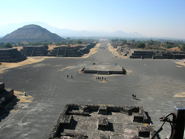 The view from the Pyramid of Moon, down the Avenue of the Dead