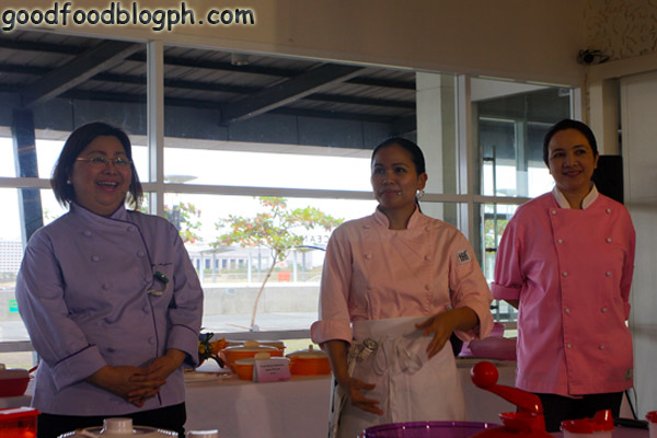 Chef+Melissa%252C+Chef+Gigi%252C+Chef+Karol - Kitchen Discovery Class by Tupperware and CCA - Part 1