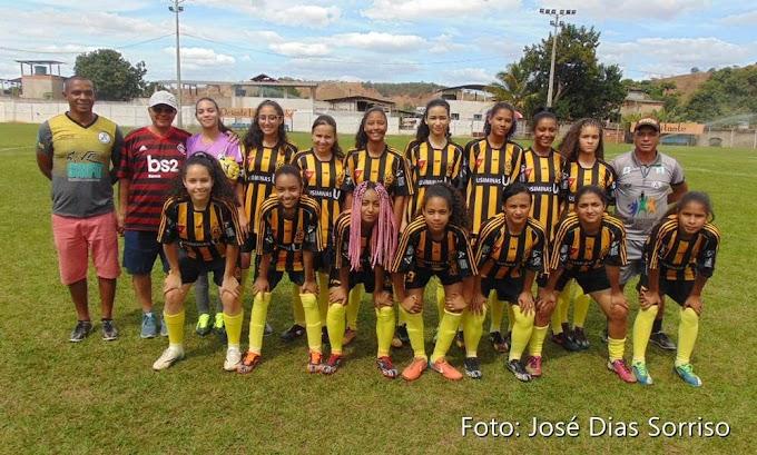 Na preliminar da final, meninas do time de futebol feminino do Oriente deram um show no domingo