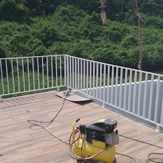 railling balkon minimalis vertikal polos