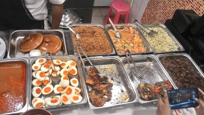 Food Review : Nasi Kerabu Steroid, Ipoh